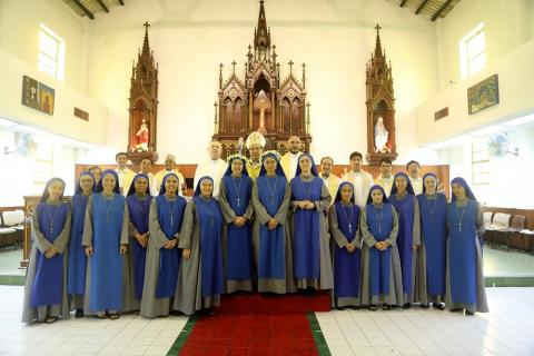 pictures of newly professed with the Mass celebrants and sisters