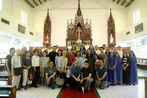 picture with the families of our sisters from Hong Kong