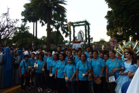 Parishioners from Our Lady of Lujan quasi parish at Caloocan