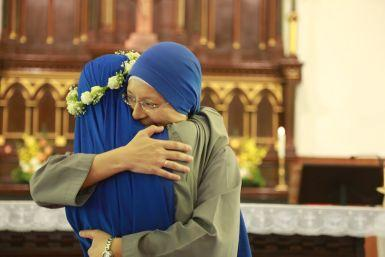 Mother Laetitia congratulated Sr. Jin Jiao for her consecration