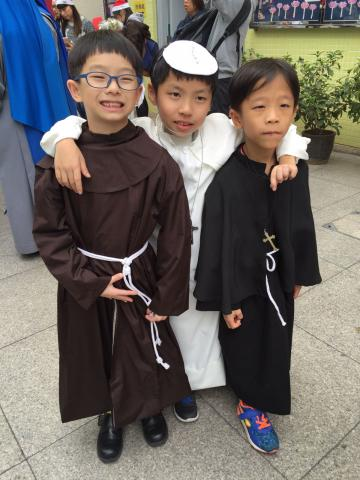 聖方濟與小教宗 little St Francis and Pope