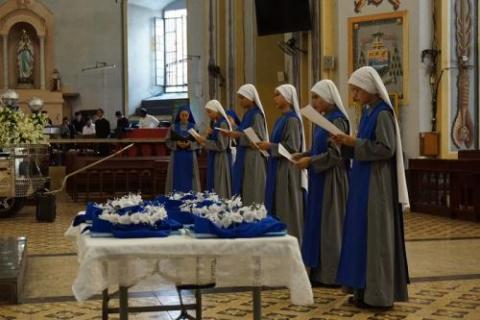 Sisters from Servants of the Lord and the Virgin of Matara professed their First Vows on Solemnity of Assumption, at Cathedral of Lipa, Philippines