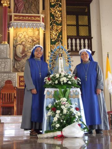 The newly professed sisters with our Patroness - Our Lady of Lujan