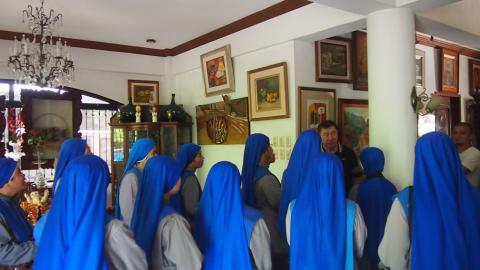 Juniorate sisters visiting various places in the pilgrimage2